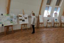 Výstava soutěžních prací v aule ZŠ, foto K. Polínková