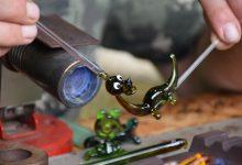 Tažené skleněné figurky - sklářská dílna v Záhoří